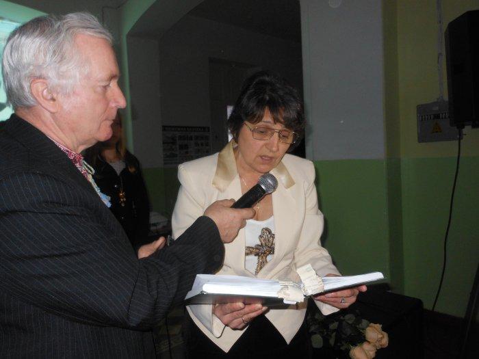 У Переяславі відкрито меморіальну дошку поету Івану Коваленку